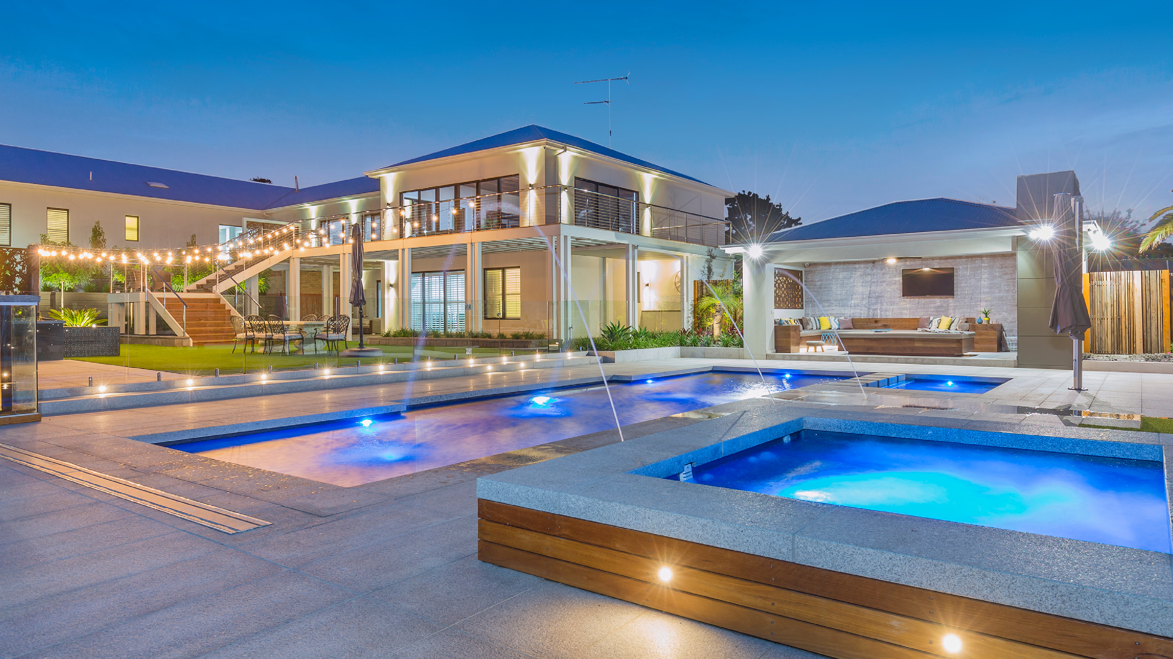 Narellan pools heads to US in parternship deal | Inside Franchise Business