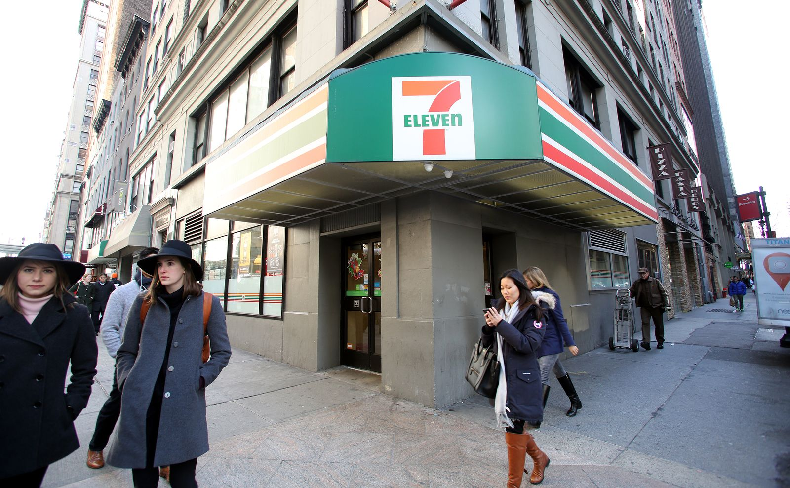 7-Eleven cleans up at AACS awards | Inside Franchise Business