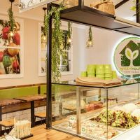 Chef-backed salad franchise Greenhouse Asian Salads hits the market | Inside Franchise Business